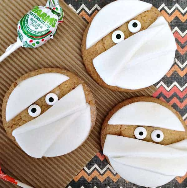 mummy halloween cookies