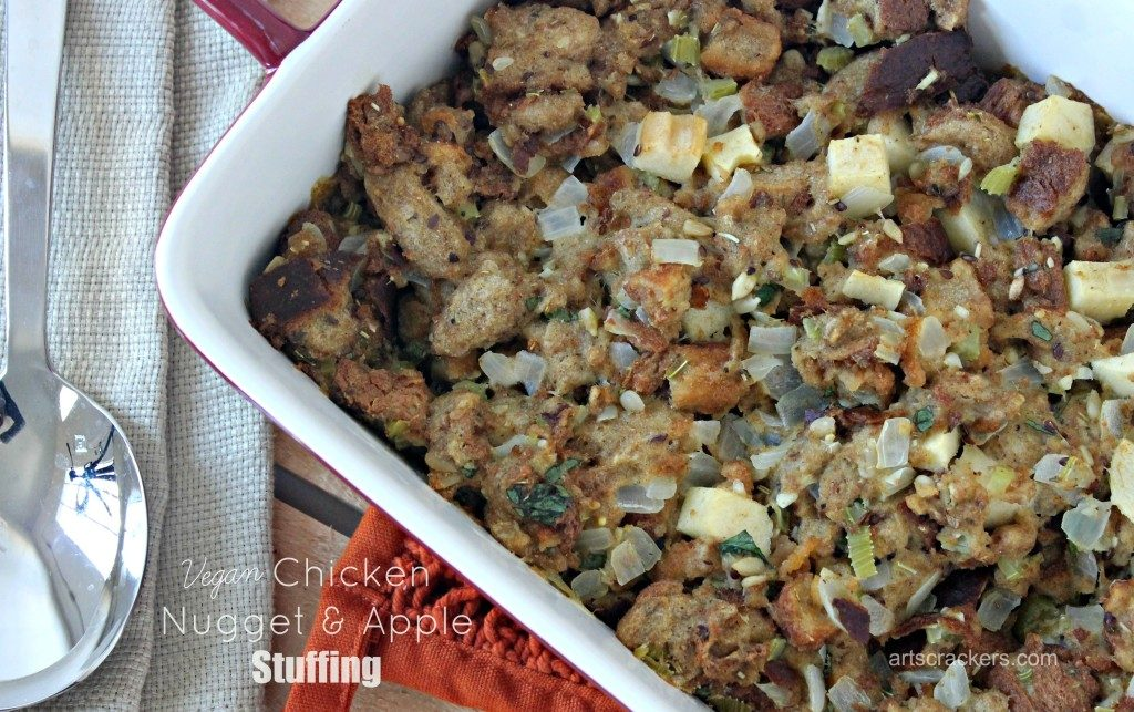 vegan-chicken-nugget-and-apple-stuffing-dish-1024x643