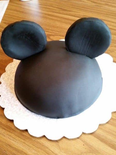 mickey-ears-cake