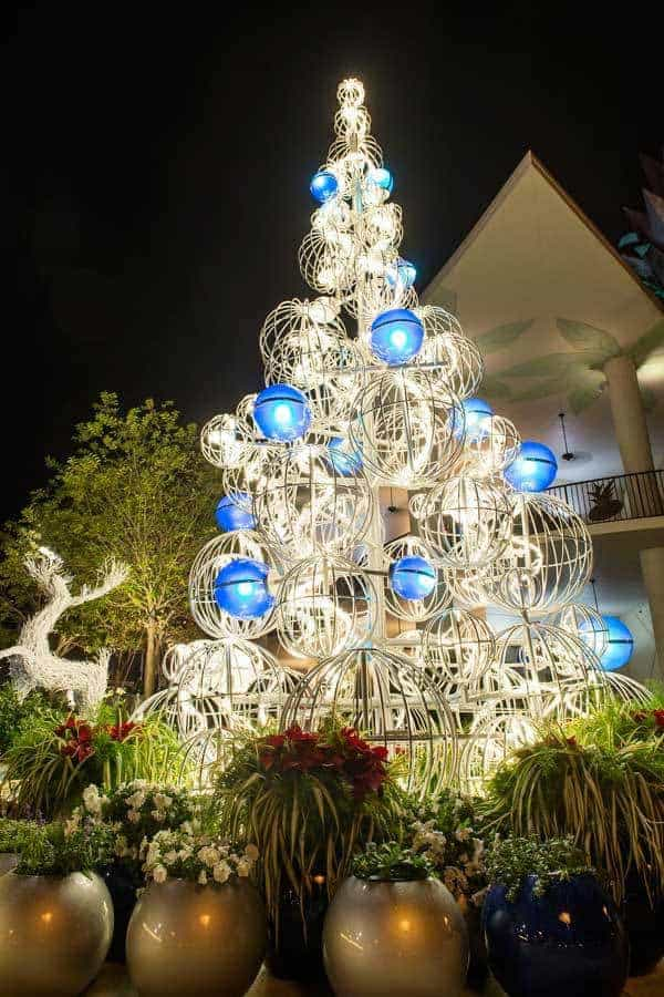 My Favorite Budget Friendly Disney Springs Holiday Things to Do